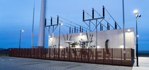 Trafostation Windpark Krammer verlicht met Schuch